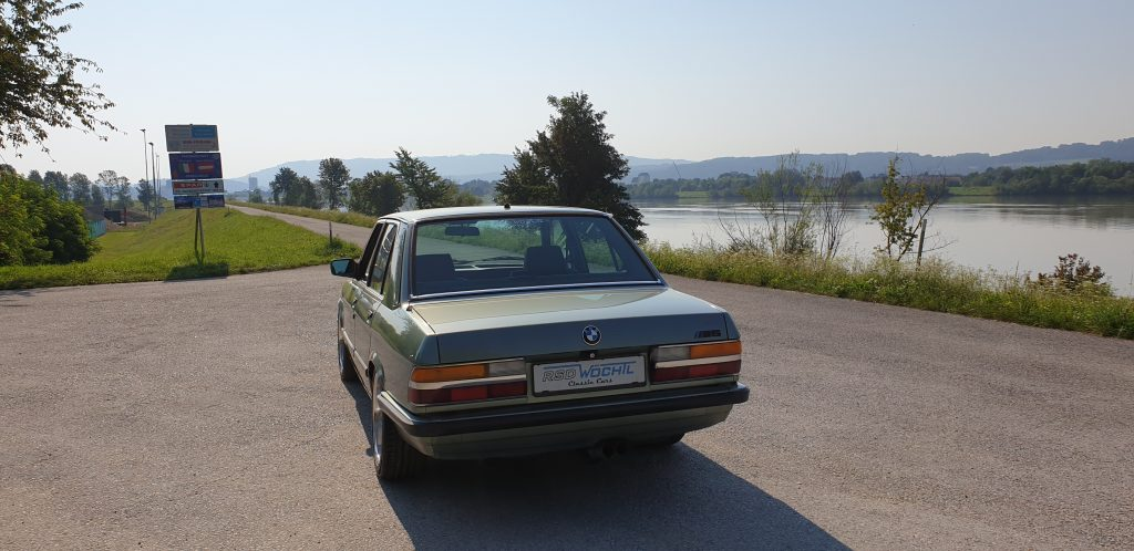 BMW e28 M5 Replica