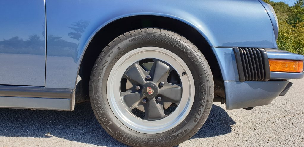 Porsche 911 3.2 Cabrio