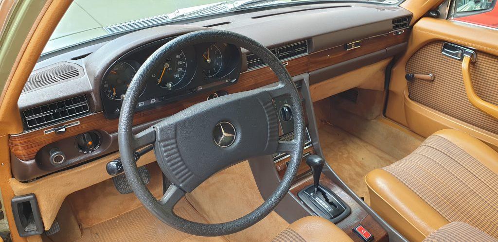 Mercedes 280 SE W116